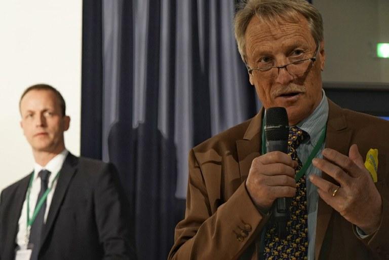 Prof. Günthert 1